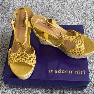 Madden Girl Wedges